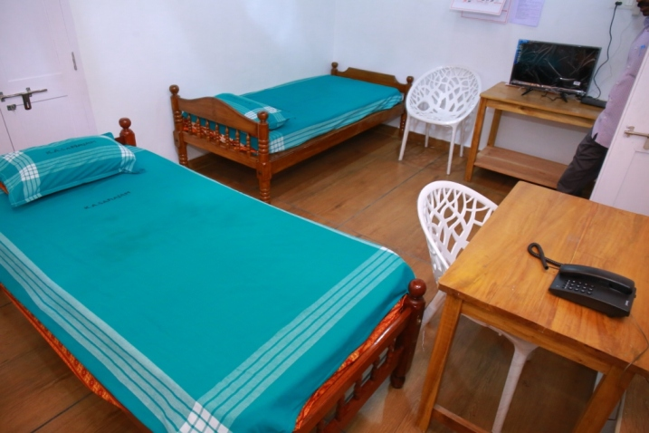A/C Pay-wards No. 42 to 46 - Keralavarma Block - Bed Room with atchd Treatment Room & 2 Toilets